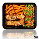 Zoete aardappel friet - Gebakken kipfilet spiesjes - Tuinerwten + worteltjes (met kruiden) - BULK